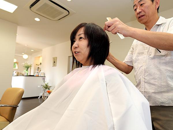 美祢市美容室ヘアデザイナーズ・モアのカット